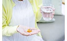 「処方薬」と「ドラックストアの薬」の違いは?注意すべき点も解説【医師監修】